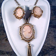Geno Shell Cameo Necklace and Earrings