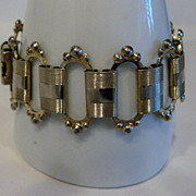 Pretty Vintage 1950's Victorian Style Bookchain Bracelet