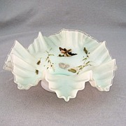 SALE 1880's Victorian Ruffled Bowl With Duck In Flight
