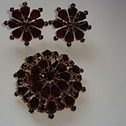REDUCED Vintage Demi Parure Garnet Brooch / Pendant and Earrings