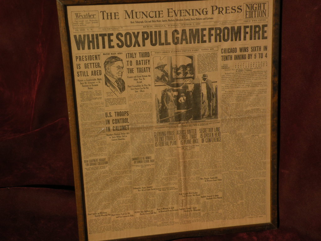1919 Chicago Black Sox baseball sports memorabilia front page of newspaper World Series