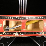 1949 Dritz Tracing Wheel with Caramel Swirl Bakelite Handle in Original Box
