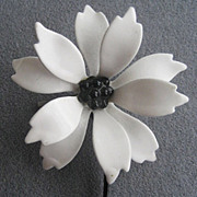 Black & White Enamel Mod Boho Style Flower Pin