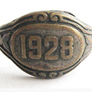 Dainty Signet Metal Ring with Year 1928 - Size 6 1/2