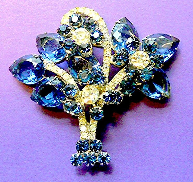 Stunning Vase of Flowers Brooch - Must See