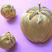 Corocraft Cotton Bowl Brooch and Earrings