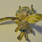 Trembler Winged Bee Brooch