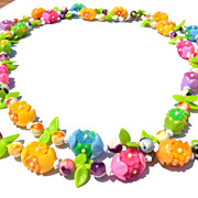 Vintage Retro Bright Spring Summer Plastic Flower Beads 50 Necklace