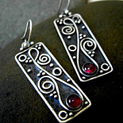 ARIA Oblong Oxidized Argentium Silver and Garnet Earring