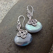 LACONIC Natural Labradorite Sterling Silver Swirl flower Petal Dangle Earring