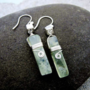 SQUARE n CUBE 5x25mm Green Tourmaline n Sterling Silver Dangling Earring
