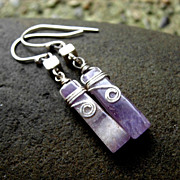 SQUARE and CUBE Amethyst Tooth n Sterling Silver Dangling Earring