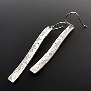 SANDY WALK Sterling Silver Slim Wavy Strip Dangle Earring