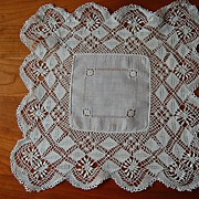 Vintage Hankie, white Linen, with hand made Lace border