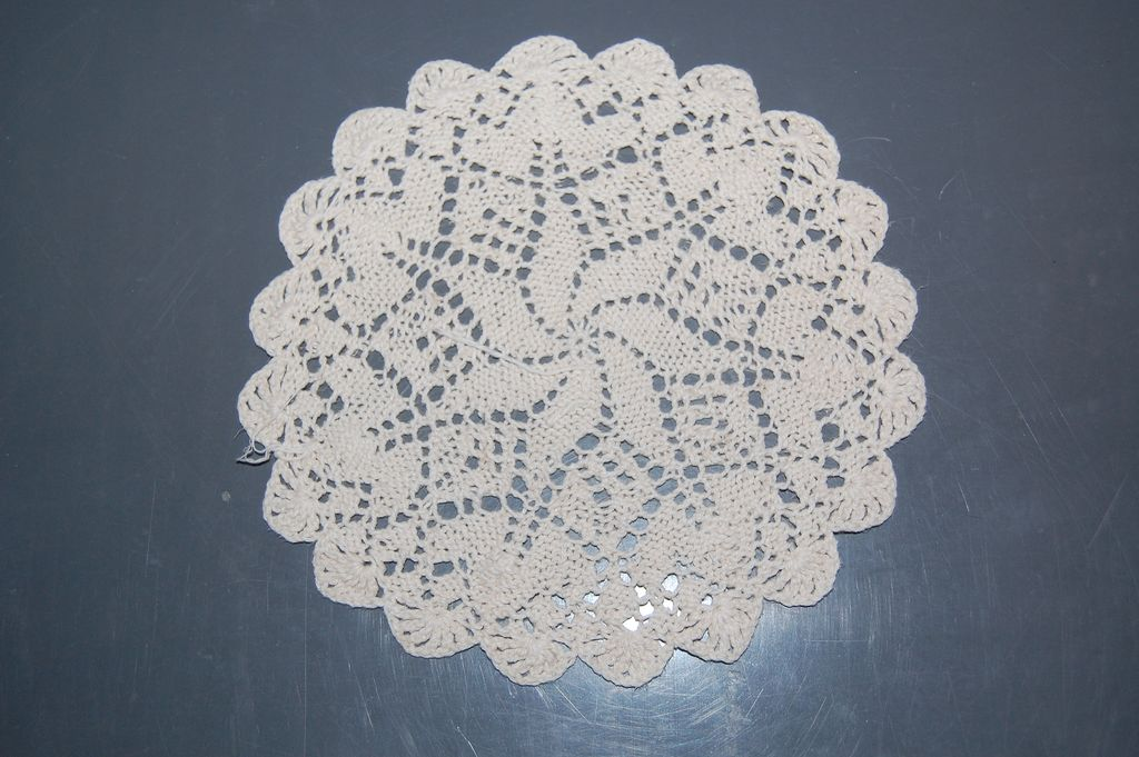 Lovely vintage Knitted doily, circular cream star