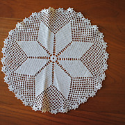Vintage crochet doily, Ecru, 8 Point star