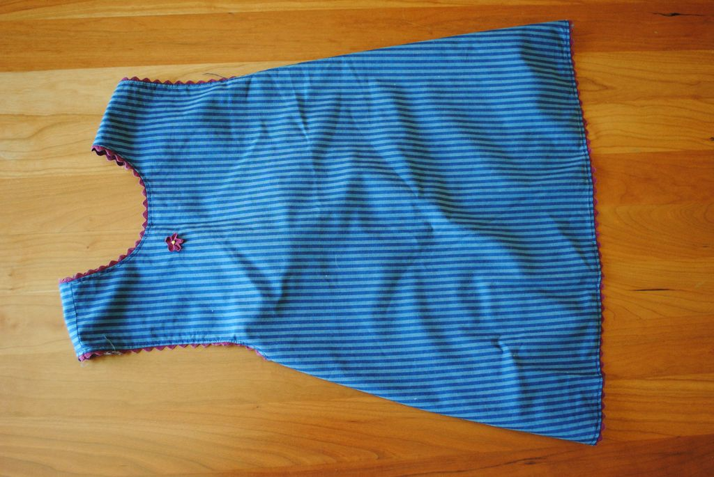 Vintage 1910-teens Child's wrap around apron, Blue stripes
