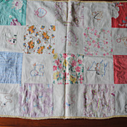 Vintage 1940's doll Crib quilt, embroidered, machine Quilted
