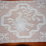 Vintage filet Crochet doily, Stylized Penn. Dutch Bird