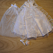 Mid 1980's Barbie clothes, Fashion Avenue Wedding Gown set