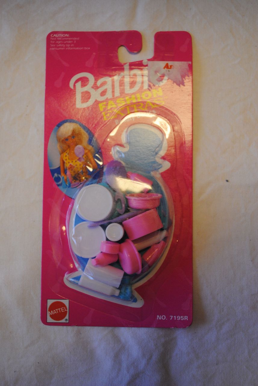 1992 Barbie Accessories, Fashion Extras-Beauty Basics set