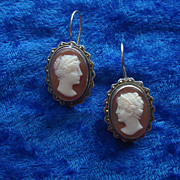 SOLD SUPER 14K wire hook Pierced earrings Hand carved Shell HERA