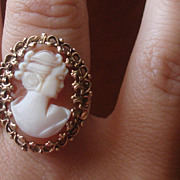 SOLD Lovely Hand carved Vintage shell Cameo Ring