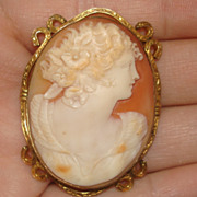 Fab  Hand carved Shell Cameo Brooch Pin AMCO
