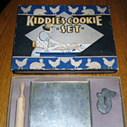 SALE Nice 1930s Era Kiddies Cookie Set in Original Box