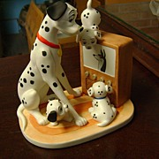 SOLD Disney�s Magic Memories Figurines - 101 Dalmatians