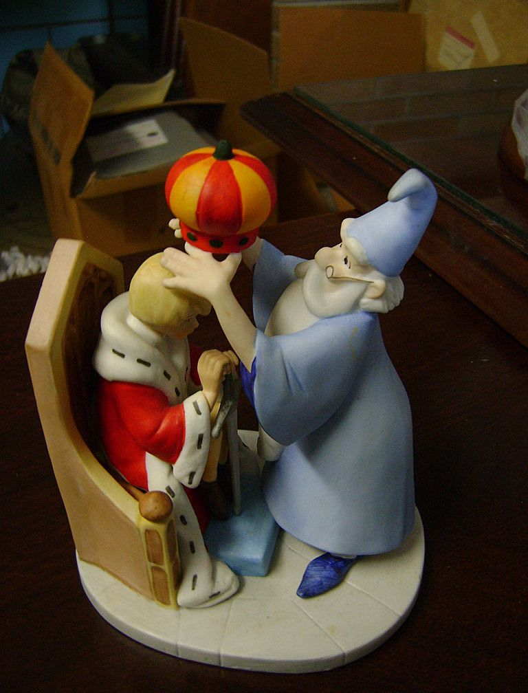 Disney's Magic Memories Figurines - The Sword in the Stone