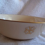REDUCED Vintage Lenox Serving Bowl 1980 Avon Presidents Club
