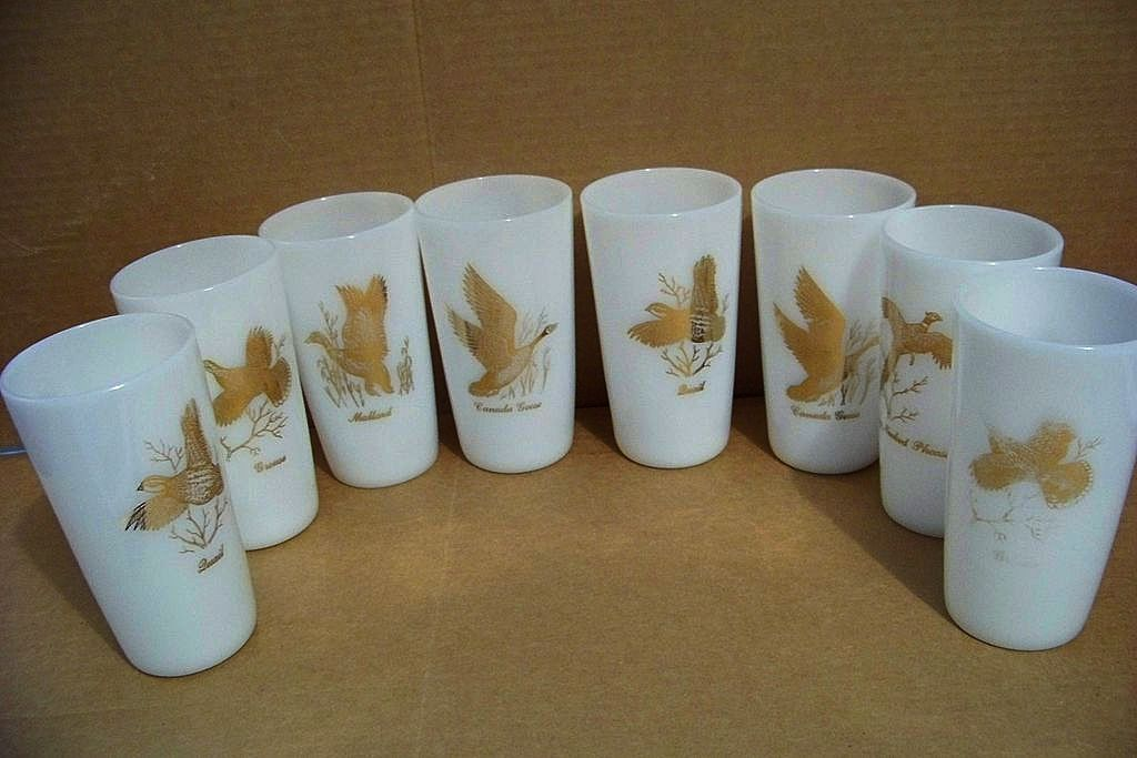 8 Anchor Hocking Milk Glass Bird Tumblers / Glasses