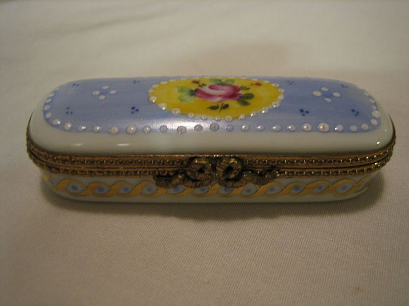 Hand Painted  Limoges Enamel Rose Floral Hinged Box