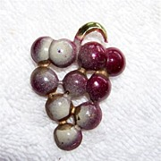 SALE Vintage Gold Toned Metal Enamel Covered Grapes Brooch Pin