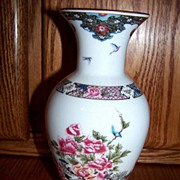 SALE Lenox The Martha Washington Porcelain Vase