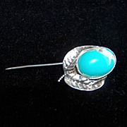 SALE Beautiful Vintage Navajo Turquoise Flower Stick Pin