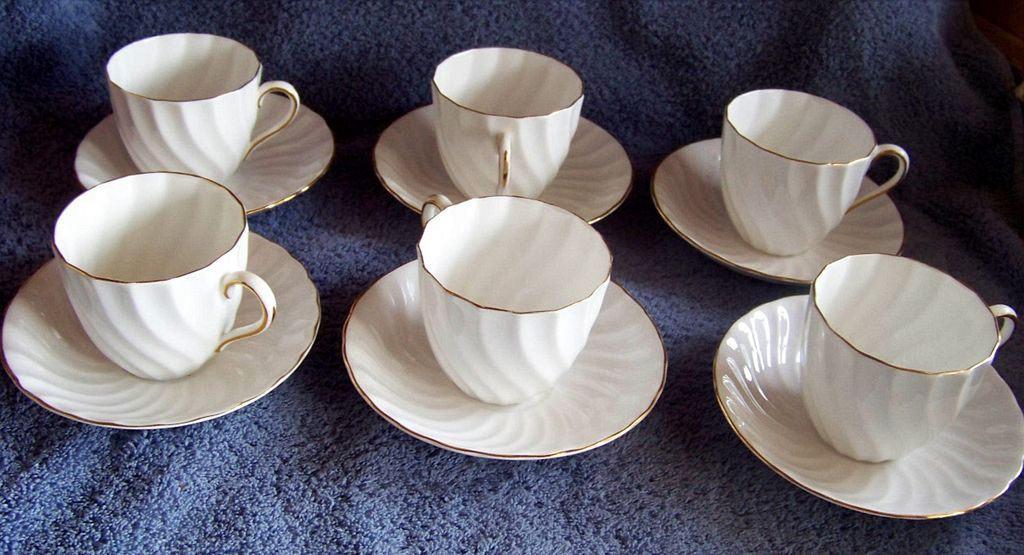 Tuscan Fine English Bone China England White Swirl Gold Trim Cup and Saucer