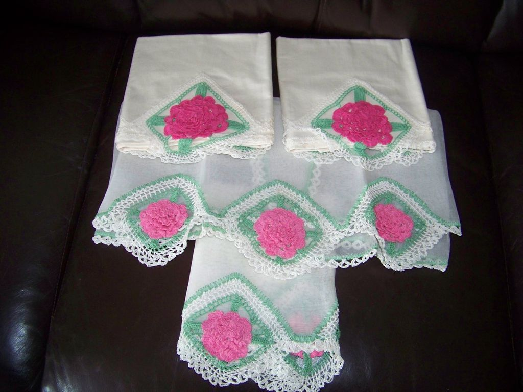 4 Piece Crochet Pillow & Matching Dresser Set, Pink Roses