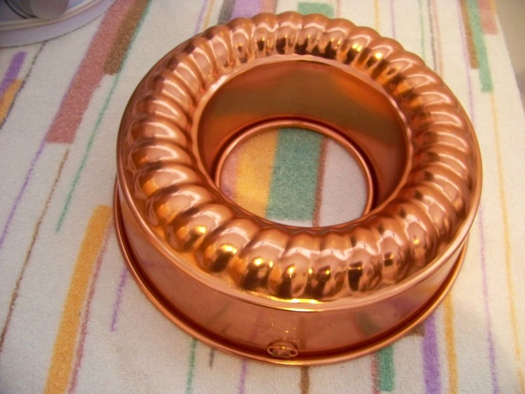 Mirro Copper Aluminum Jello Mold / Brunt Cake Pan