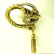 SALE Hattie Carnegie Imitation Pearl Snake Body Pin