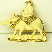 SALE Hattie Carnegie Cream Plastic Water Buffalo Pin