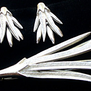 Vintage PIM Pin and Earrings Set Brushed Silver Tone