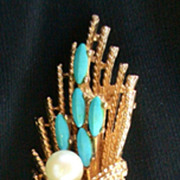 "Vintage Signed ""Art"" Pin Teal colored with faux Pearl Gold Tone"