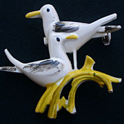 SALE Vintage Sea Gull Pin White and Yellow color