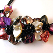 Colorful Flower Shell Choker Necklace