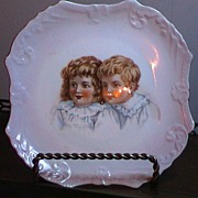 Very beautiful Unmarked Antique Plate with 2 Children