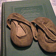 Vintage Velvet Doll or Baby Shoe