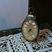 Very Cute Vintage Clock - Linden