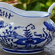 "Vintage Blue ""Onion"" Pattern Gravy"